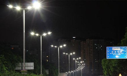 BBE LED street light in Fuqiang road, Shenzhen, China
